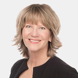 Carol Poulsen headshot