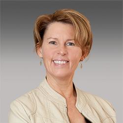 Colleen Dockendorf headshot