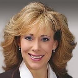 Kimberly Trapani headshot