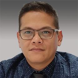 Cecil Pineda headshot