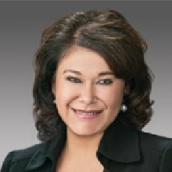 Rose Valenzuela headshot