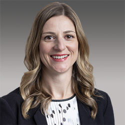 Jenine Ellefson headshot