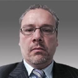 Victor Dudemaine headshot