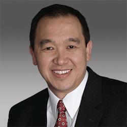 Stewart Tan headshot