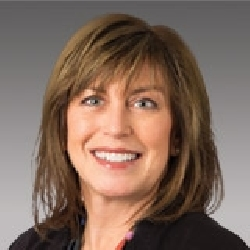 Julie Maeyaert headshot
