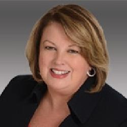 Carol Pandza headshot