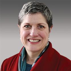 Julie Ragland headshot