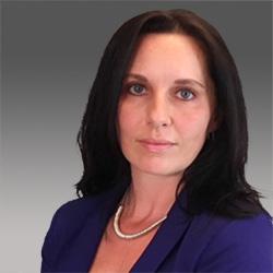 Melinda East headshot