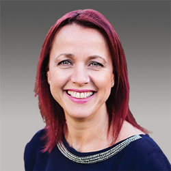 Paula Kershaw headshot