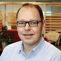 Niklas Osslen headshot