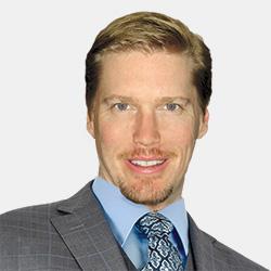 Derek Benz headshot