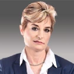 Lori Kittle headshot