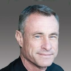 Arthur Lessard headshot